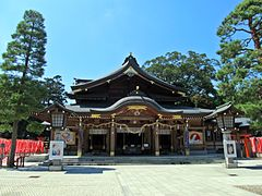 Haiden of Takekoma-jinja shrine.JPG