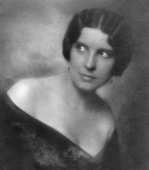 Hanna Ralph - Hanna Ralph c. 1918