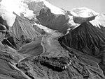 Herron Glacier, mountain glacier, August 9, 1957 (GLACIERS 5141).jpg