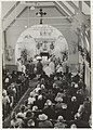 Het interieur van de R.K. Kerk H. Drieëenheid. NL-HlmNHA 54020276.JPG