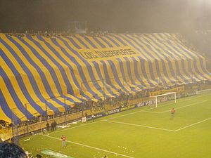 Rosario Central fans display a gigantic banner