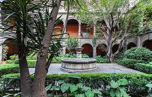 Hospital de Jesús Nazareno - One of the courtyard gardens.