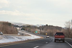 Interstate 91 - I-91 looking northbound in Brattleboro