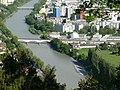 Innsbruck railway bridge over river 2019 2.jpg