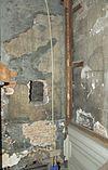 interieur, bel-etage, kamer links voor, binnenhoek met stofdoorslag op pleister - schiedam - 20338073 - rce
