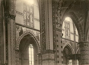 Interieur Sint-Willibrorduskerk Deurne-centrum midenschip zuidzijde 1901.jpg