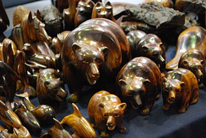 Mexican ironwood carvings - Ironwood bears at the FONART expo in Mexico City
