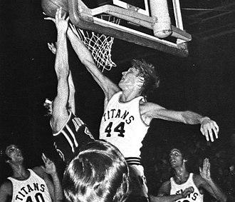 Jack Sikma - Sikma as an All-American at Illinois Wesleyan