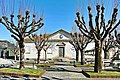 Jardim do Largo Alberto Leitão - Penacova - Portugal (49588156177).jpg