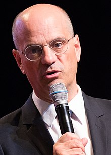 taille Jean-Michel Blanquer