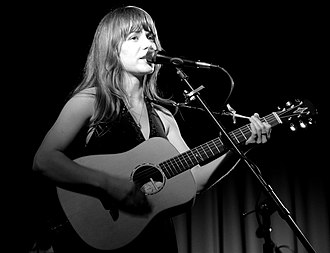 Jenny Lewis - Lewis in 2006