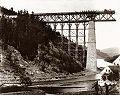 Jindrich Eckert - Cervena nad Vltavou, stavba mostu (1889).jpg