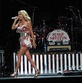 Julianne Hough 2009 Concert III.jpg