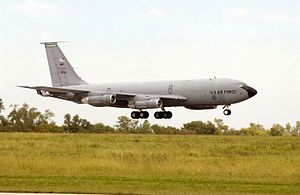 117th Air Refueling Squadron - KC-135E Stratotanker (s/n 58-0013), assigned to the 117th Air Refueling Squadron, 190th Air Refueling Wing, lands following its final mission at the Forbes Field, Kansas on 11 September 2004.