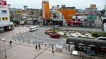 Kadoma-shi station south square.jpg