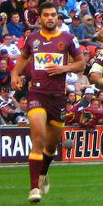 Karmichael Hunt - Hunt in action for Brisbane