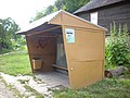 Kazimierz-Dolny-bus-shelter-080628da.jpg