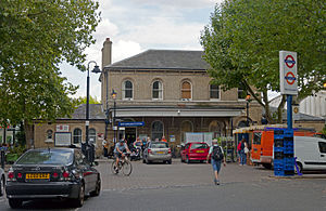 Kew Gardens station (London) - Main entrance on the eastbound side, 2014