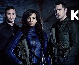 Killjoys (TV series) - The main cast for the series. From left to right: Aaron Ashmore, Hannah John-Kamen and Luke Macfarlane.