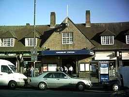 Kingsbury tube station.jpg