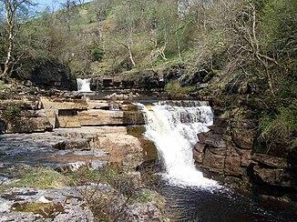 """Wasserfall """"Kisdon Force"""" im Oberlauf, östlich von Keld"""