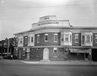 Knickerbocker Historic District - Altoona Knickerbocker.JPG