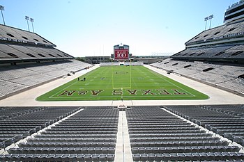 Description de l'image Kyle Field-empty 2006.jpg.