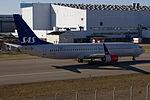 LN-RGA 737 SAS ARN.jpg