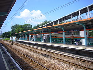 Dừng LRT Chung Uk Tsuen.JPG