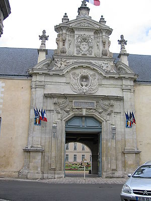 Prytanée National Militaire - The entrance gate of the Prytanée National Militaire.