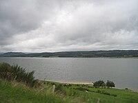 Lac artificiel de Naussac (Lozère).jpg