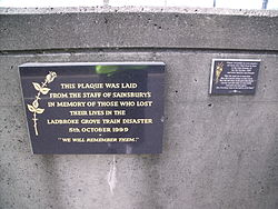 Ladbroke grove train disaster plaque