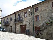 Largo-da-Igreja Linhares.jpg