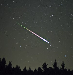 Meteoroid - A meteor of the Leonid meteor shower. The photograph shows the meteor, afterglow, and wake as distinct components.