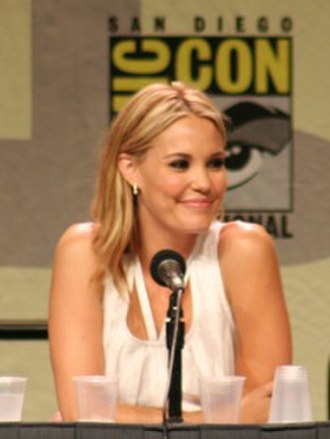 Leslie Bibb - Bibb at the Comic-Con International promoting The Midnight Meat Train in July 2007.
