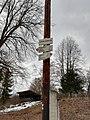 Lhota Veselka, turistický rozcestník.jpg