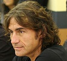 Luciano Ligabue lors d'une conférence de presse à Vérone