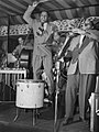 Lionel Hampton and Arnett Cobb, Aquarioum, NYC, ca. June 1946 (Gottlieb).jpg
