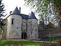 Lucheux château (entrée) 1.jpg