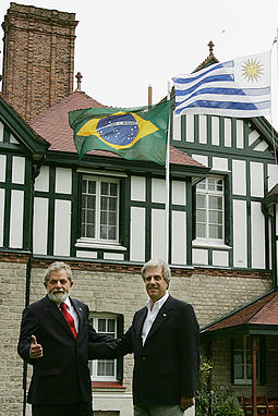 Tabare Vazquez (former two term President 2005-2010, 2015-2020) with then-President of Brazil Luiz Inacio Lula da Silva in 2007 Lulatabare26022007.jpg