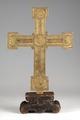 MCC-42003 Christus aan het kruis met achterop medaillons met Lam Gods en symbolen van evangelisten (2).tif