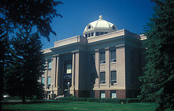 MCINTOSH COUNTY COURTHOUSE.jpg