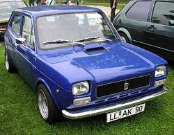 MHV Fiat 127 01