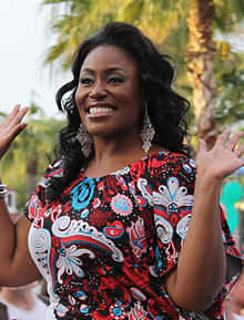Mandisa at The American Idol Experience in 2009