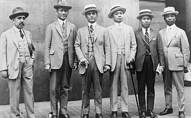 Photo shows left to right: Hon. Isauro Gabaldon, Philippine President Commissioner to the U.S.; Hon. Sergio Osmena, member of the Philippine Senate; Hon. Manuel L. Quezon, President of the Philippine Senate, Chairman; Hon. Claro M. Recto, Member and Minority Leader in the Philippine House of Representatives; Hon. Pedro Guevara, Philippine President Commissioner to the U.S.; Dean Jorge Bocobo. Manuel Luis Quezon, (center), with representatives from the Philippine Independence Mission (cropped).jpg