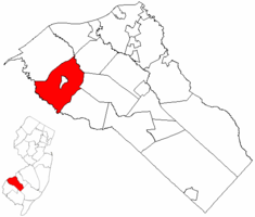 Woolwich Township highlighted in Gloucester County. Inset map: Gloucester County highlighted in the State of New Jersey.