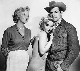 """Bus Stop (TV series) - Marilyn Maxwell, Tuesday Weld and Gary Lockwood in """"Cherie"""" (1961)"""