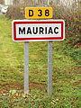 Mauriac-FR-15-panneau d'agglomération-1.jpg