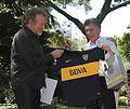 Mauricio Macri con Robert Plant, Huesped de Honor de la Ciudad (8148739753).jpg