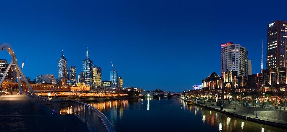 Melbourne yarra twilight